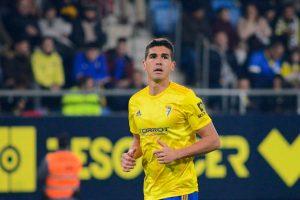Javier Ceballos Jiménez: Los 3 jugadores clave del Cádiz sacrificados para atacar fichajes